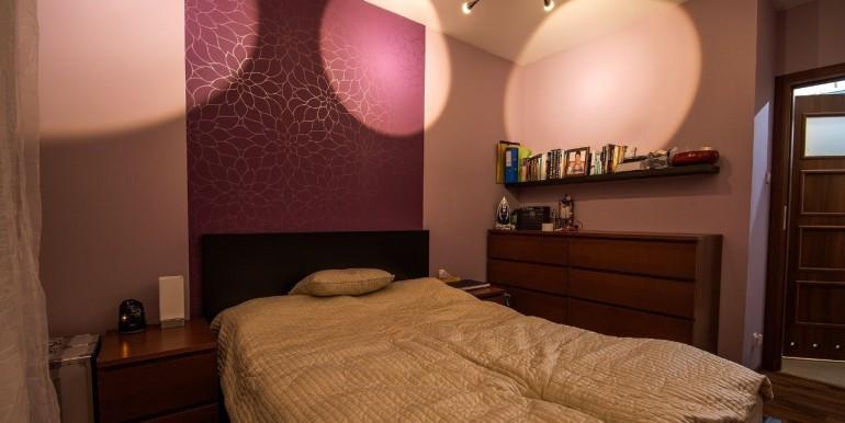 20101212_7_1280x1024_3-pokojowe-mieszkanie-ignatki-osiedle