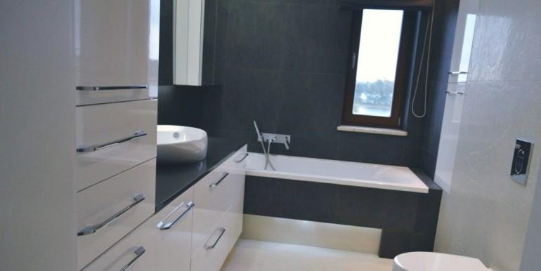 20609384_8_1280x1024_luksusowy-dom-z-widokiem-na-jezioro-_rev003