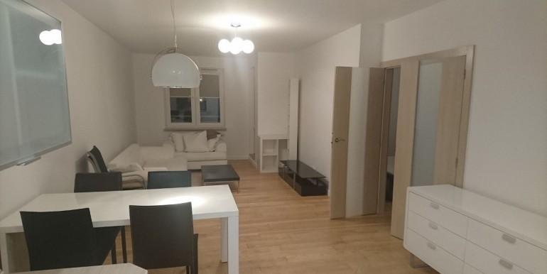 22011528_10_1280x1024_mieszkanie-7973-m2-ul-radziwie-7-wola-_rev007