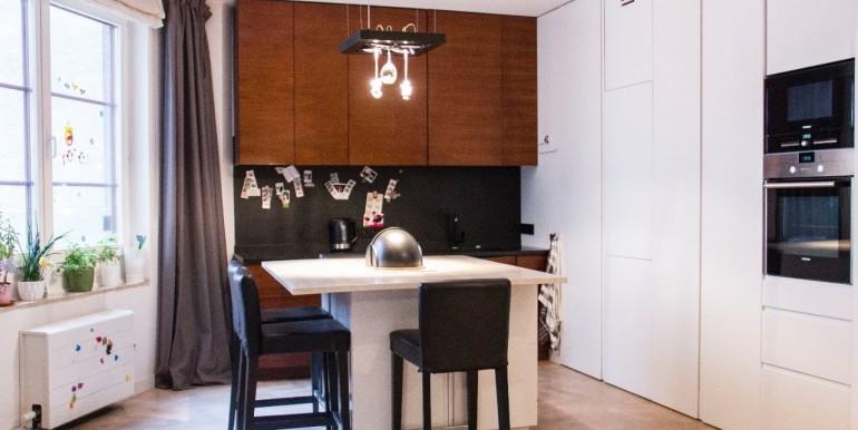 22147932_1_1280x1024_przepiekny-apartament-w-samym-centrum-155m-metro-warszawa_rev029