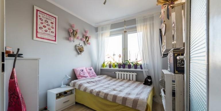 22654379_1_1280x1024_3-pokoje-z-oddzielna-kuchnia-i-balkonem-gizycki