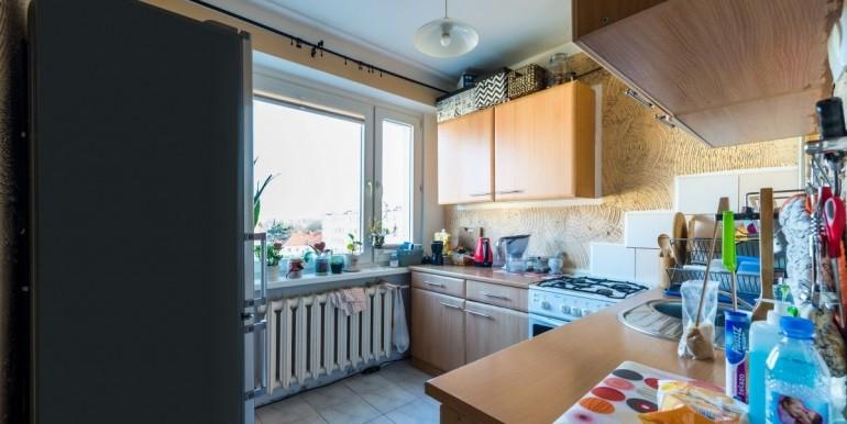 22654379_7_1280x1024_3-pokoje-z-oddzielna-kuchnia-i-balkonem