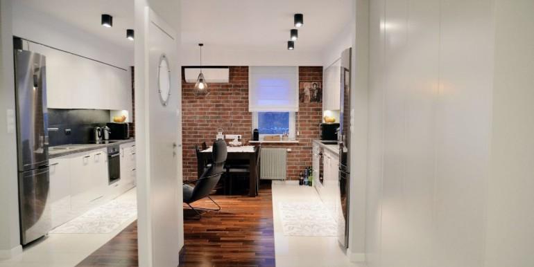 22976783_1_1280x1024_komfortowe-3-pokojowe-mieszkanie-z-garazem-bialystok