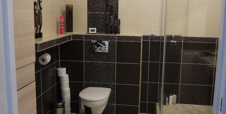 23603931_10_1280x1024_sprzedam-mieszkanie-52-mkw-2-pokoje-ul-raginisa