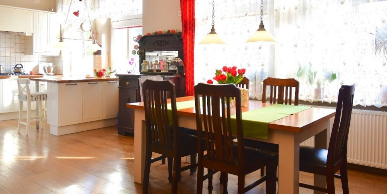 26207360_1_1280x1024_sprzedam-komfortowe-mieszkanie-centrum-poznan_rev001