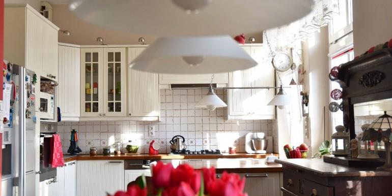 26207360_6_1280x1024_sprzedam-komfortowe-mieszkanie-centrum-_rev001