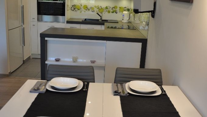 26721912_3_1280x1024_sprzedam-4-pokojowe-mieszkanie-z-tarasem-mieszkania