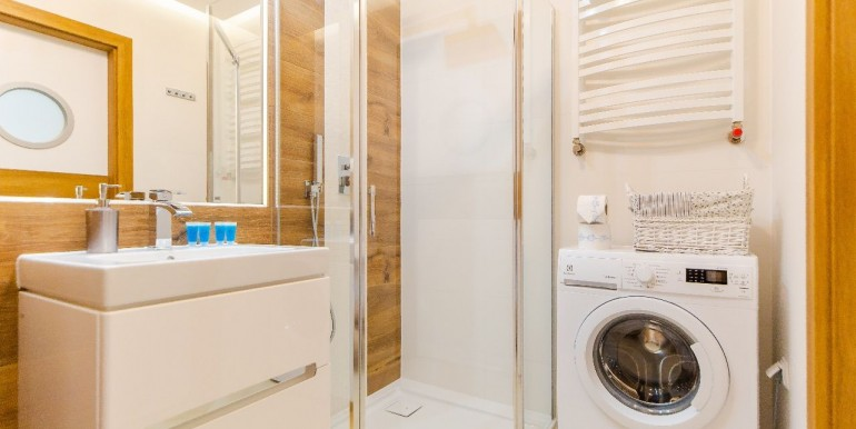 28343476_9_1280x1024_designerski-apartament-typu-superior-cena-netto-_rev002