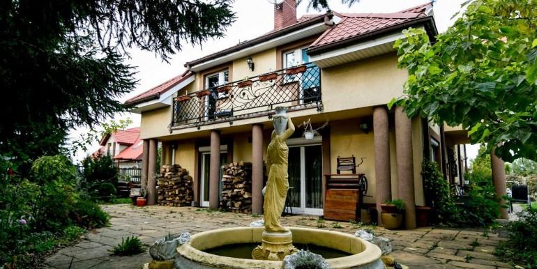 29684796_20_1280x1024_urzekajacy-stylowy-dom-209-m2-z-pieknym-ogrodem-_rev001
