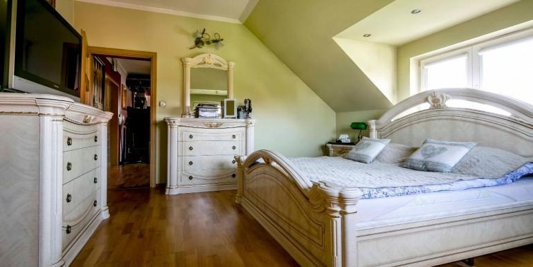29684796_4_1280x1024_urzekajacy-stylowy-dom-209-m2-z-pieknym-ogrodem-sprzedaz_rev001