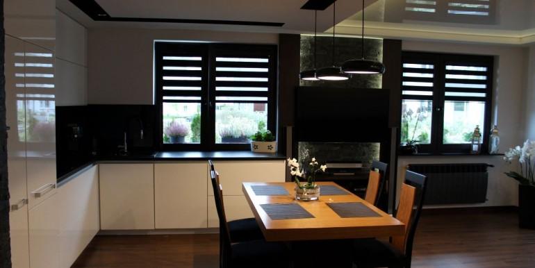 37399212_14_1280x1024_sprzedam-apartament-gdynia-chwarzno-_rev003