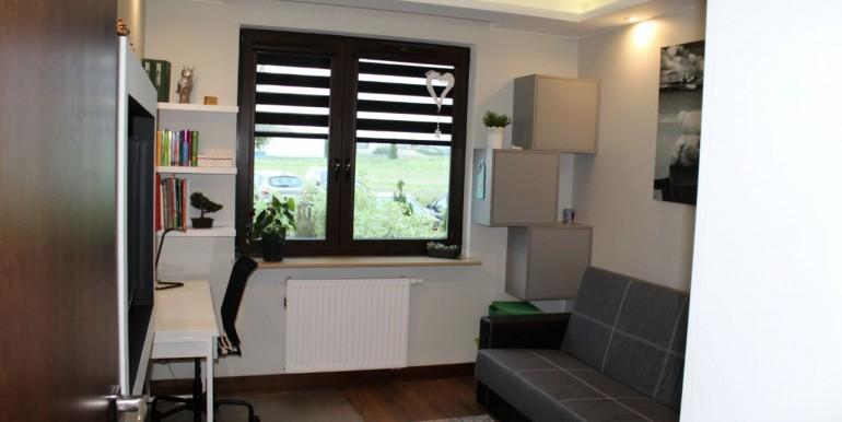 37399212_2_1280x1024_sprzedam-apartament-gdynia-chwarzno-dodaj-zdjecia_rev003
