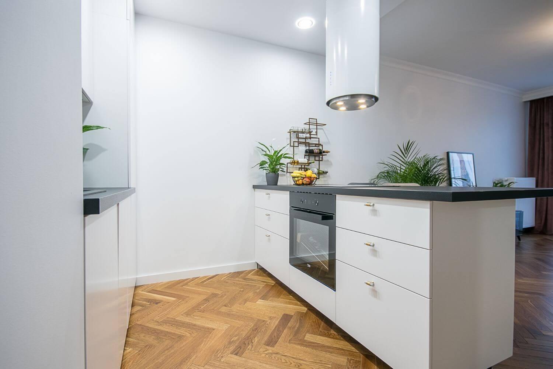 2-комнатная квартра 45 м2, Варшава