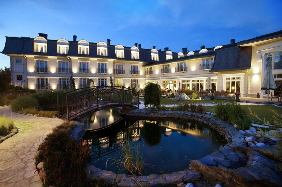 Комфортабельный отель площадью 4 362,14 м2, Пекары-Шлёнские